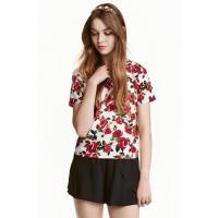 H&M Wzorzysty top 0425526003 Naturalna biel/Czerwone kwiaty