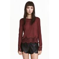 H&M Sweter z koronkowymi detalami 0454411007 Ciemny ceglastoczerwony