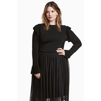 H&M H&M+ Sweter z falbanami 0455660001 Czarny