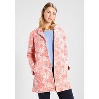 Frieda & Freddies Krótki płaszcz strawberry pink FF221U006